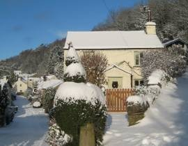 self catering cottage nr lyth valley