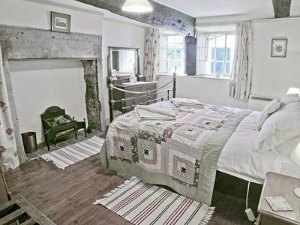 sleeps 2 cartmel