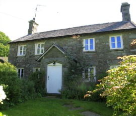 cottage in cumbria sleeps 8/10 wood burning fire