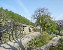 lake district camping barns dogs allowed
