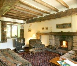 cottage sleeps 6 with open fire