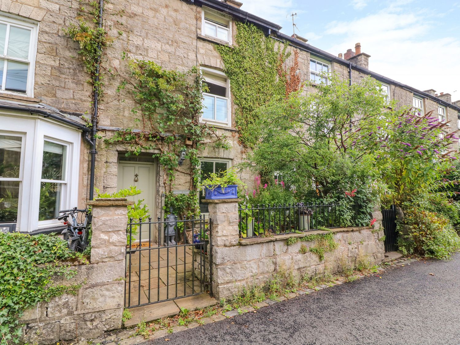 beautiful cottages in historic market town of Kendal and the surrounding villages